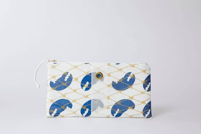Alaina Marie ® Blue Claw & White Clutch