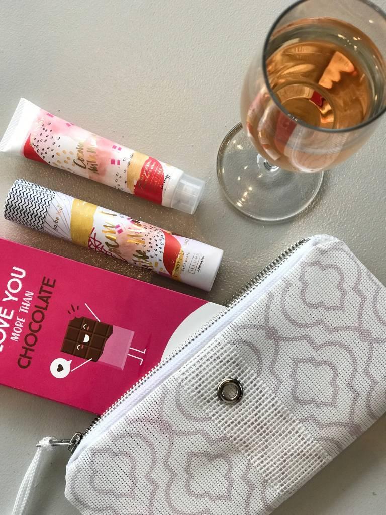 Alaina Marie ® Valentine's Day Gift Set Mini Clutch
