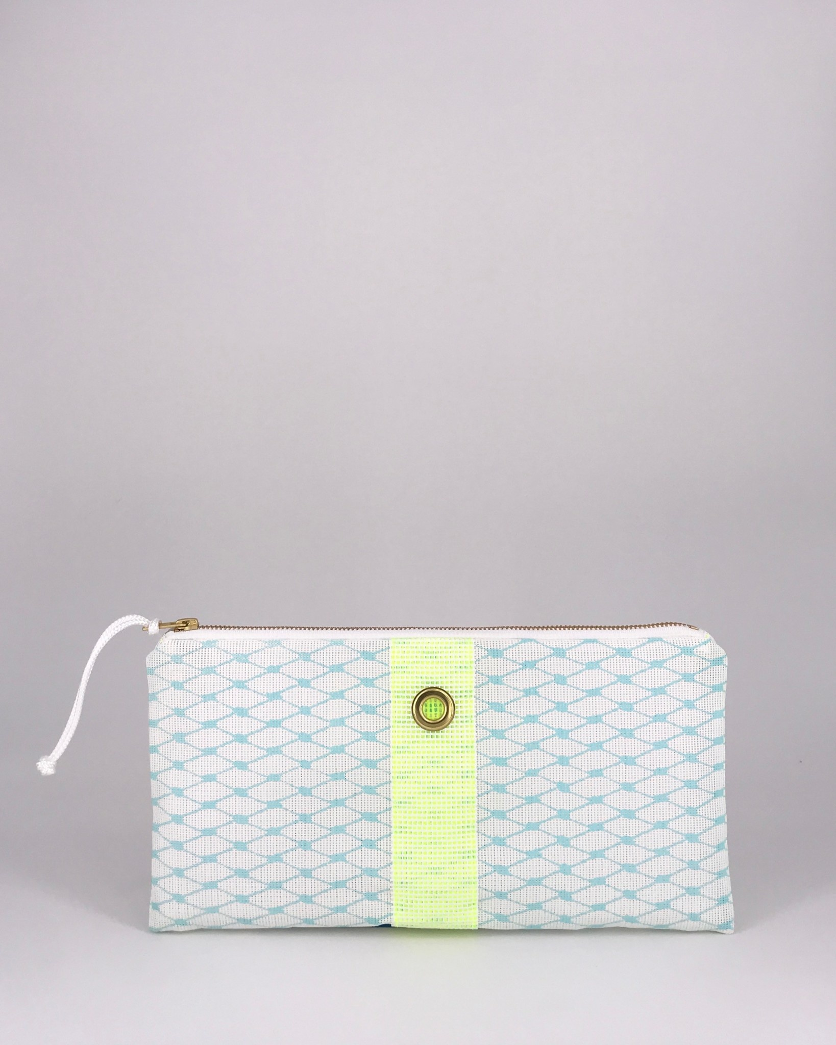 Alaina Marie ® Soothing Sea & Citron Clutch