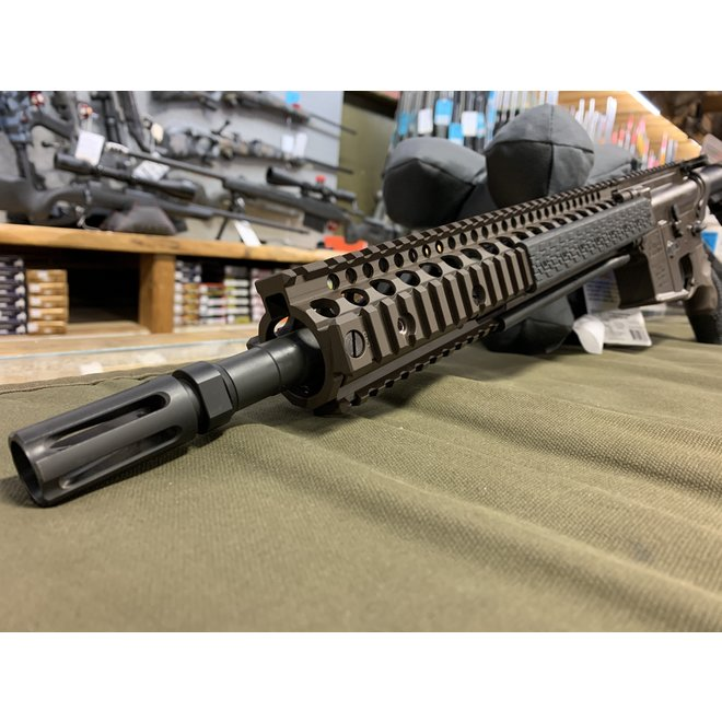 Daniel Defense M4A1 5.56 C-732