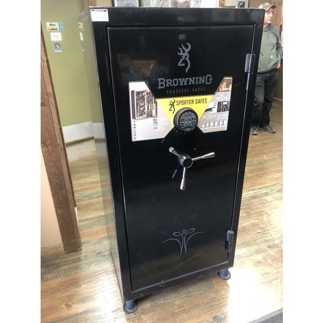 Browning SP33 Gun Safe - 33 Gun