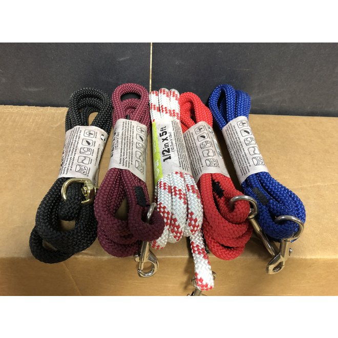 "Atwood 1/2""x5"" Dog Leash w/ Swivel Snap Hook & Handle"