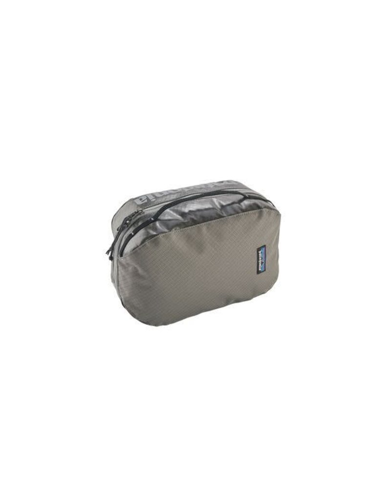 Patagonia Black Hole Cube - Medium Hex Gray
