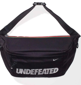 UNDEFEATED X NIKE TECH CROSS BODY MESSENGER BAG WORN