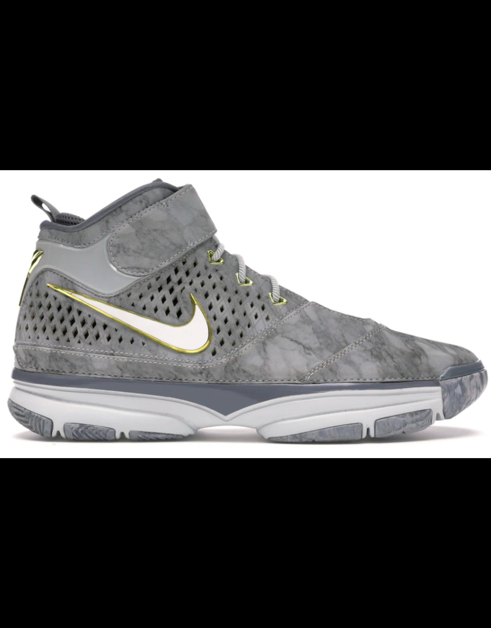 NIKE Nike Kobe 2 Prelude (4/50+ Points)