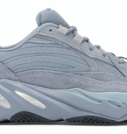 YEEZY adidas Yeezy Boost 700 V2 Hospital Blue