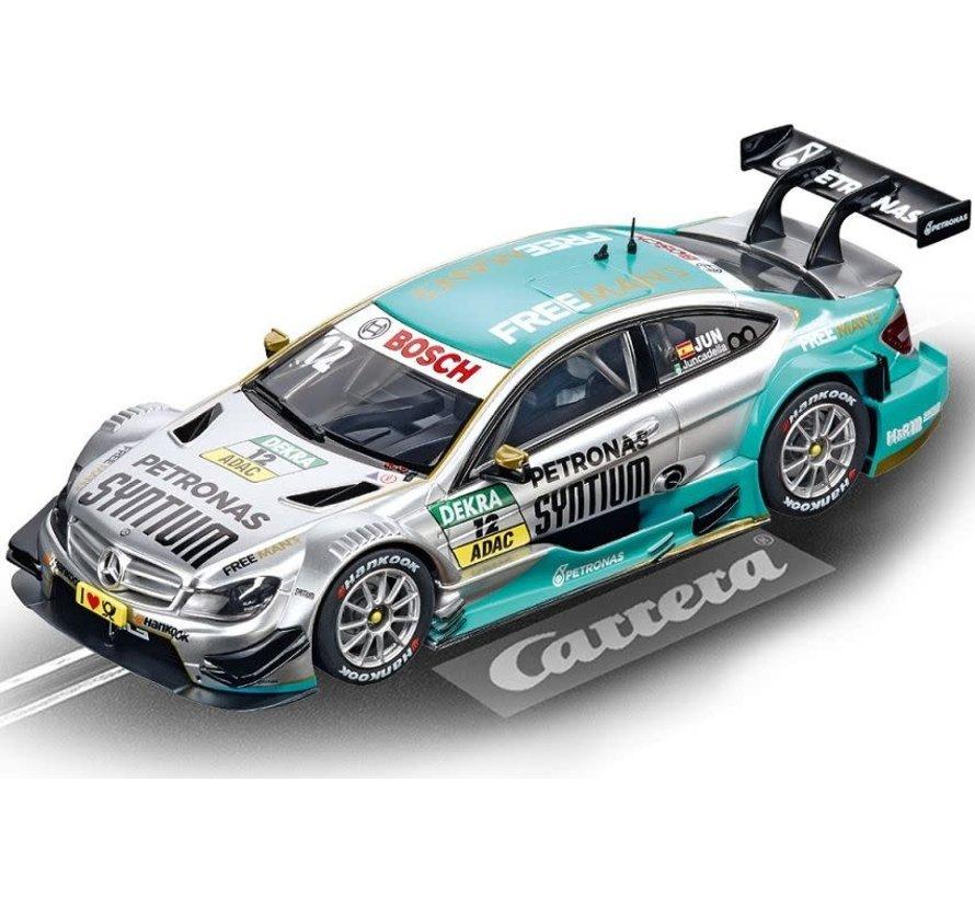 Carrera : DIG132 Mercedes