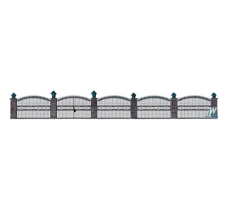 Walthers : HO Iron fence