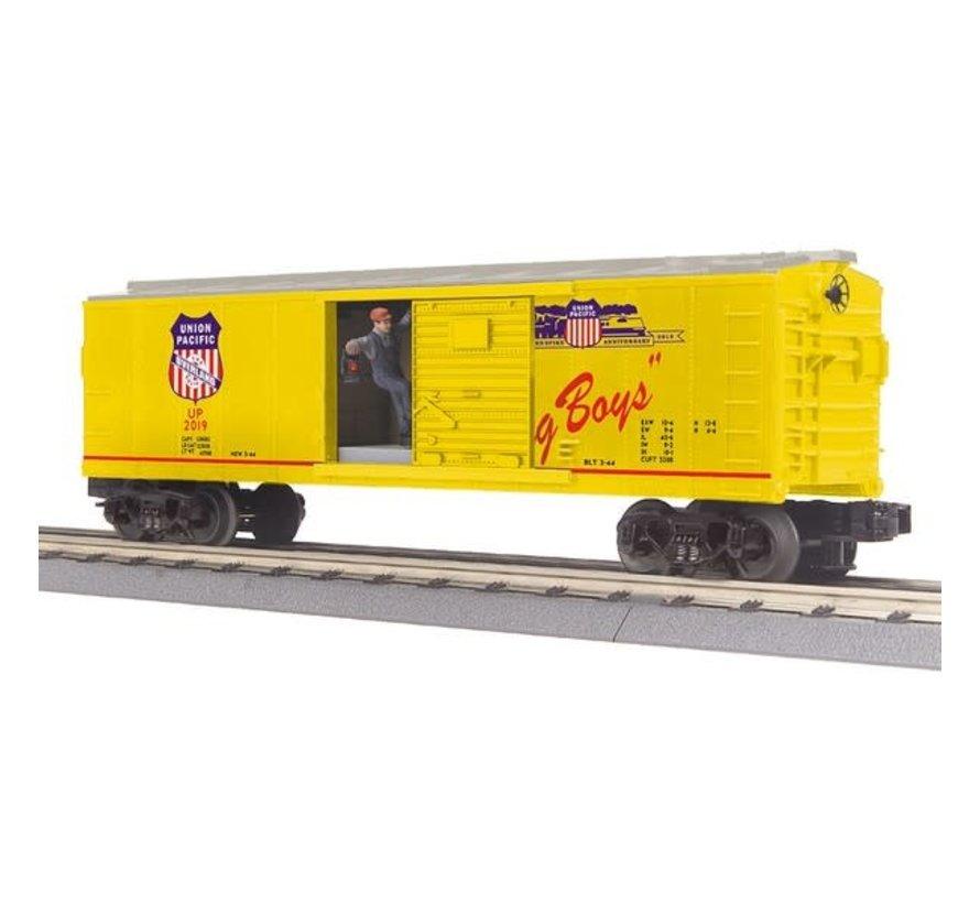 MTH : O UP Operating Box Car w/Signal Man