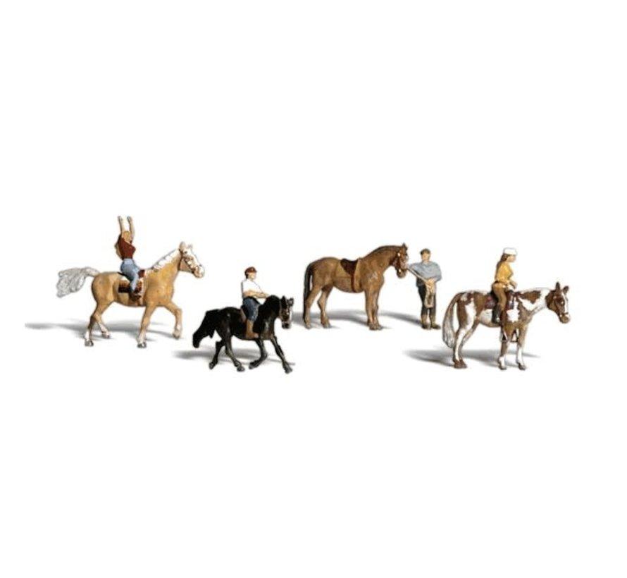 Woodland : N Horseback Riders