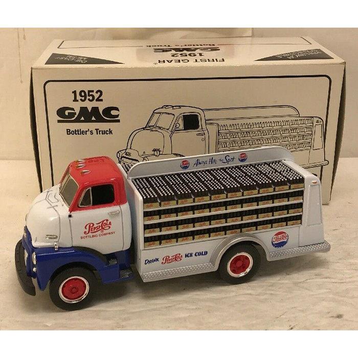 1/34 1952 GMC Bottler's Truck