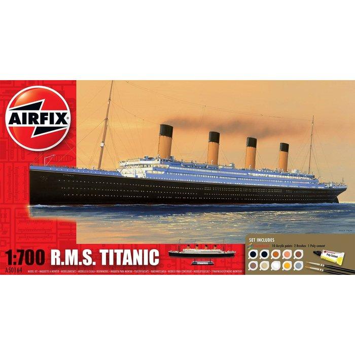 Medium Gift Set - RMS Titanic 1:700