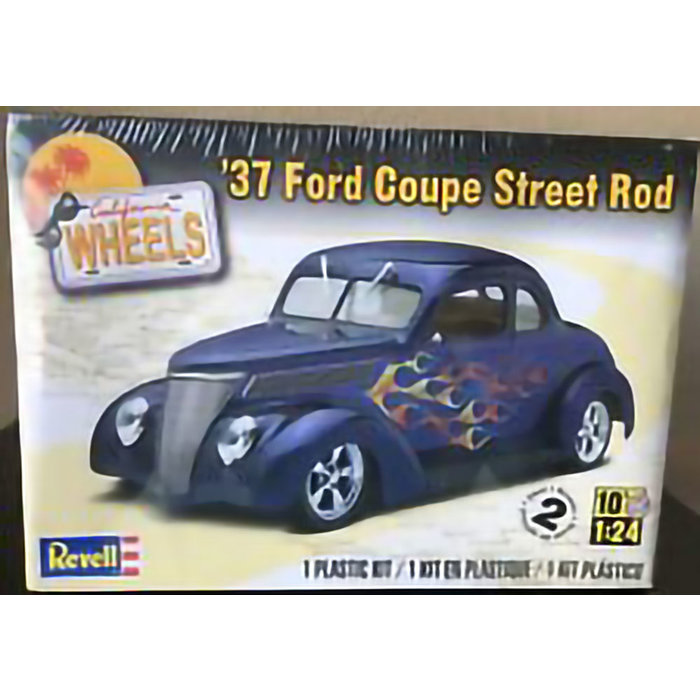 37 Ford Coupe Street Rod sk2