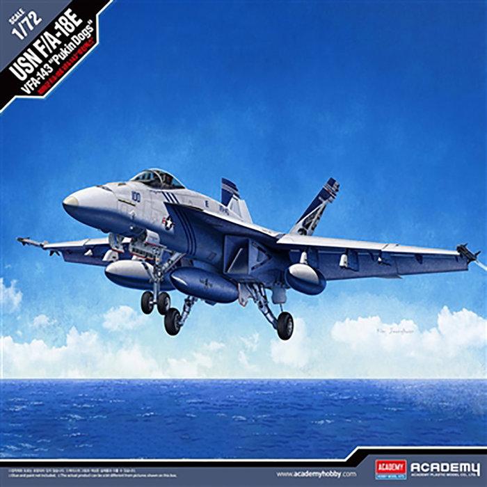 """1/72 F/A-18E VFA-143 USN """"Pukin Dogs"""""""