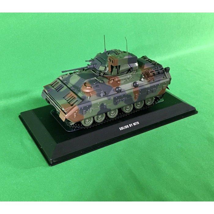 O M2 Bradley Fighting Vehicle