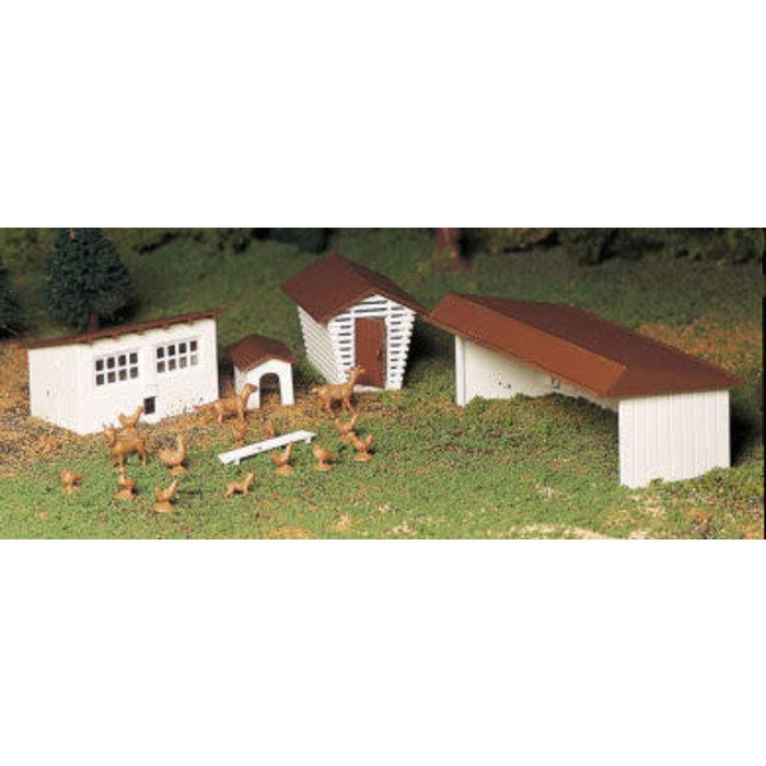 O Plasticville Farm Out-Buildings/3pc Kit