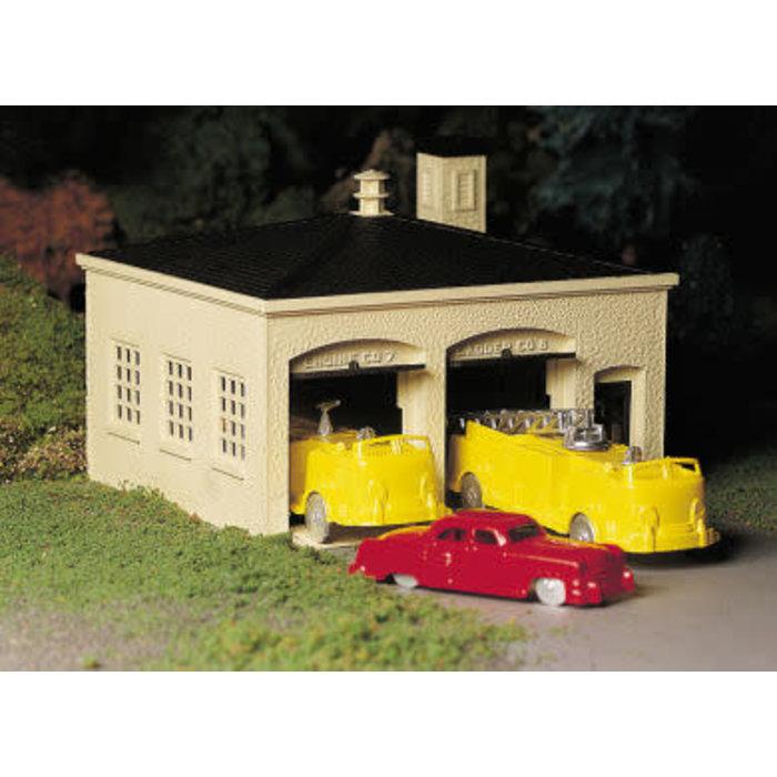 O Plasticville Fire Station w/Trucks Kit