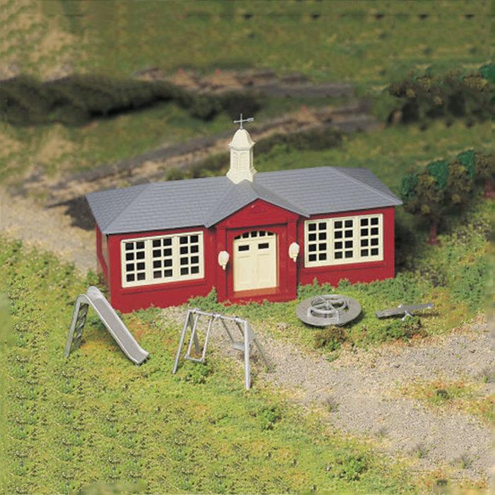 O Plasticville School House Kit