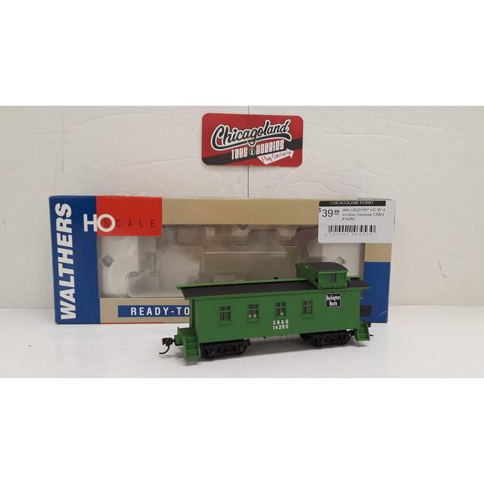 Walthers 932-7567 HO 30' 4 window Caboose CB&Q #14260