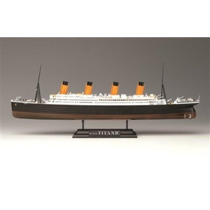 1/700 R.M.S. Titanic Kit