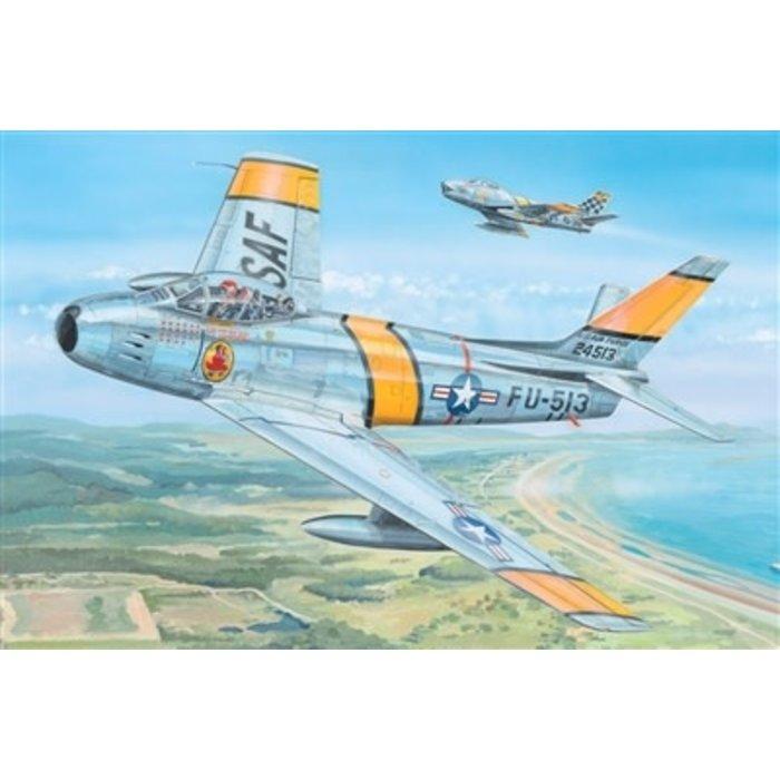 """1/18 F-86F-30 """"Sabre"""" Kit"""