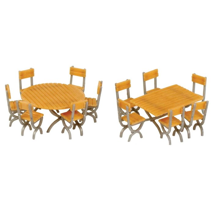 HO Tables & Chairs (2 tables & 12 chairs)