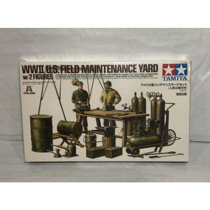 1:35 WWII U.S.  Field Maintenance Yard w/2 figures