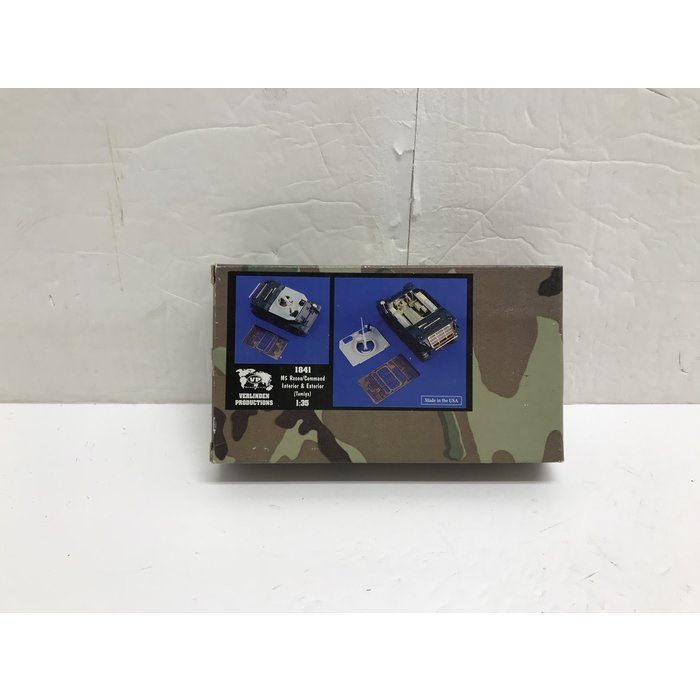Verlinden Productions 1841 1/35 M5 Recon /  Command Interior & Exterior (Tamiya)