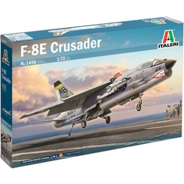 1/72 F-8E Crusader Kit
