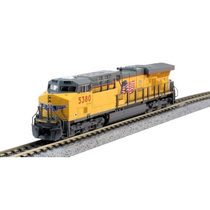 N GE ES44AC Diesel UP #5377/Flag