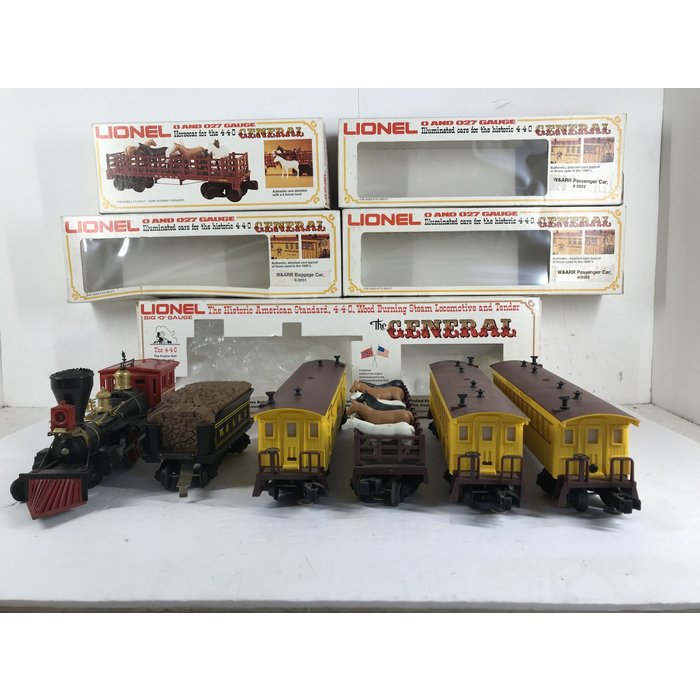 Lionel 6-8701/9551/52/52/53 O General and 4 Cars