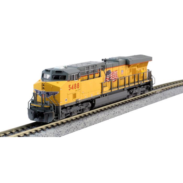 N GE ES44AC Diesel UP #5488/Flag DCC