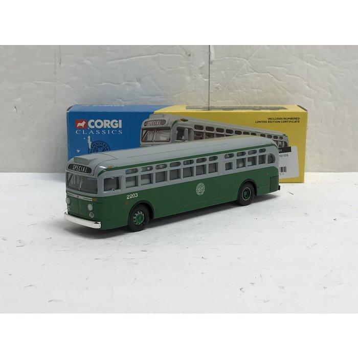 Corgi 54004 1/50 GM 4507 New York #2203
