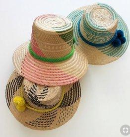 sombrero claro tira tejida multicolor