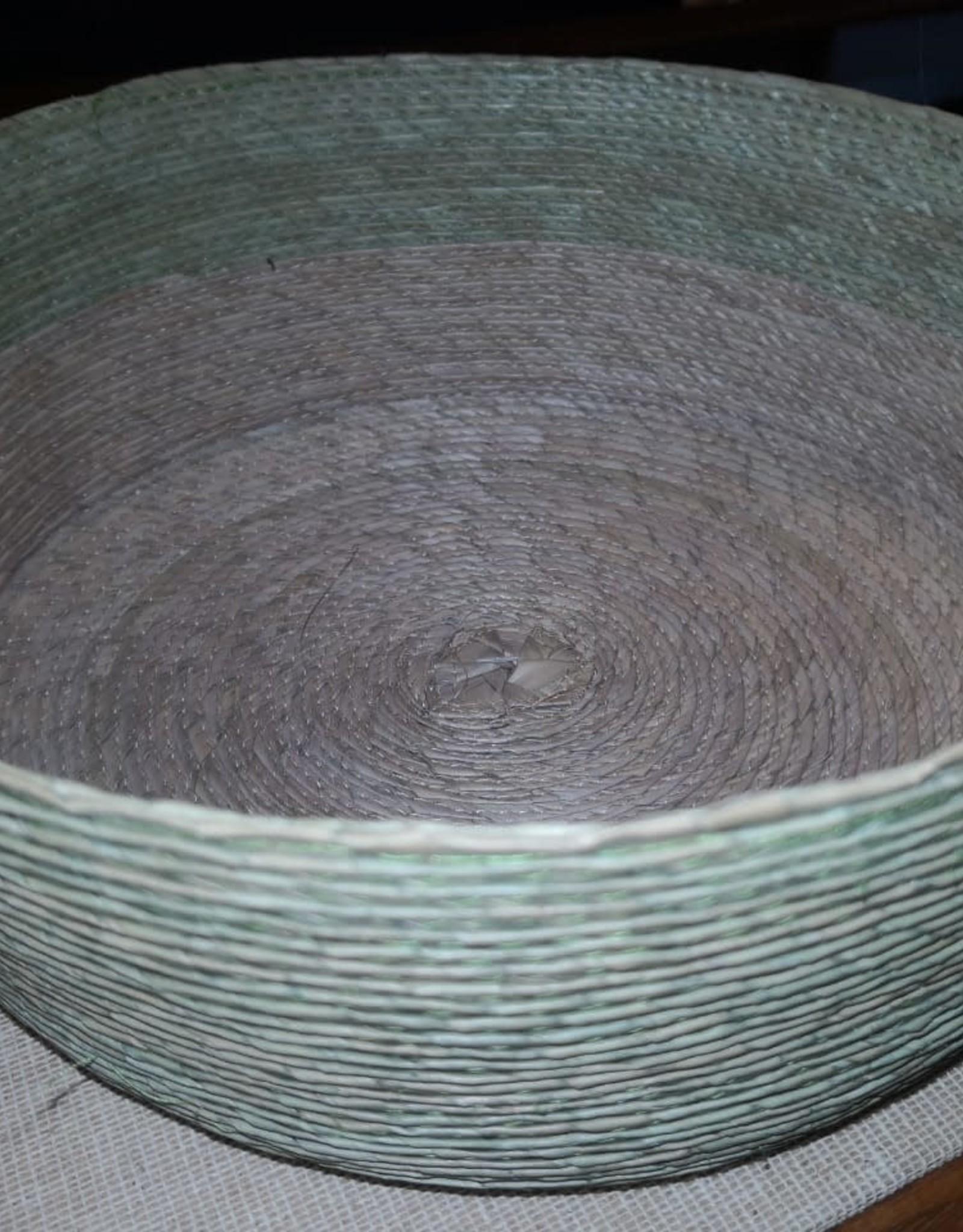 canasta hoja de palma redonda makaua D25 HILOS EN NOGADA