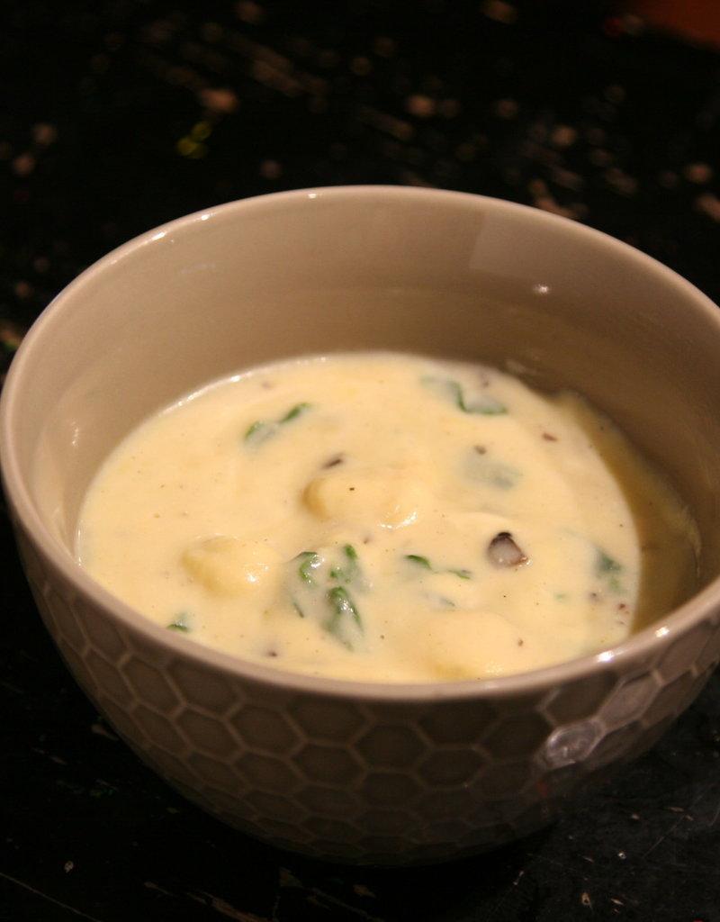 FliP Frozen Creamy Tortellini Soup