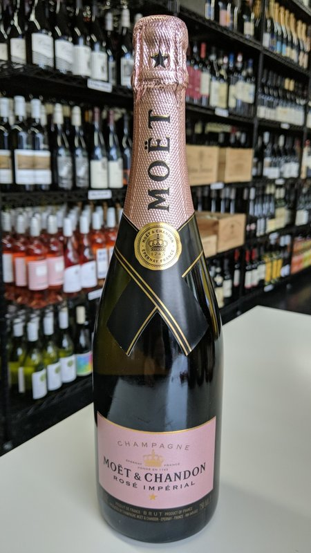 Moet & Chandon Moet & Chandon Rose Imperial Champagne NV 750ml
