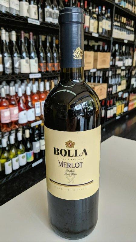 Bolla Bolla Merlot 2018 750ml