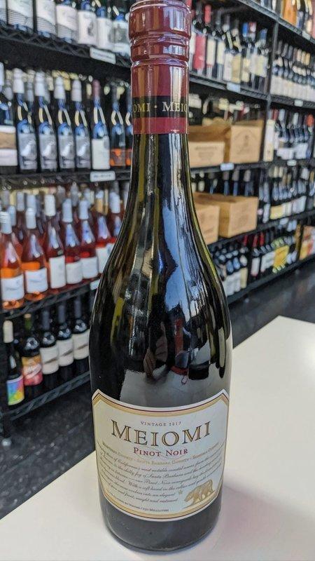 Meiomi Meiomi Pinot Noir 2017 750ml