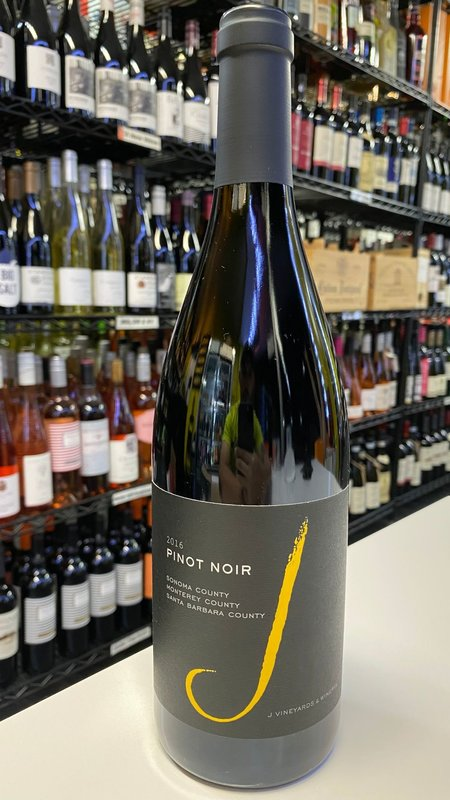 J Vineyards J Vineyards Pinot Noir 2016 750ml