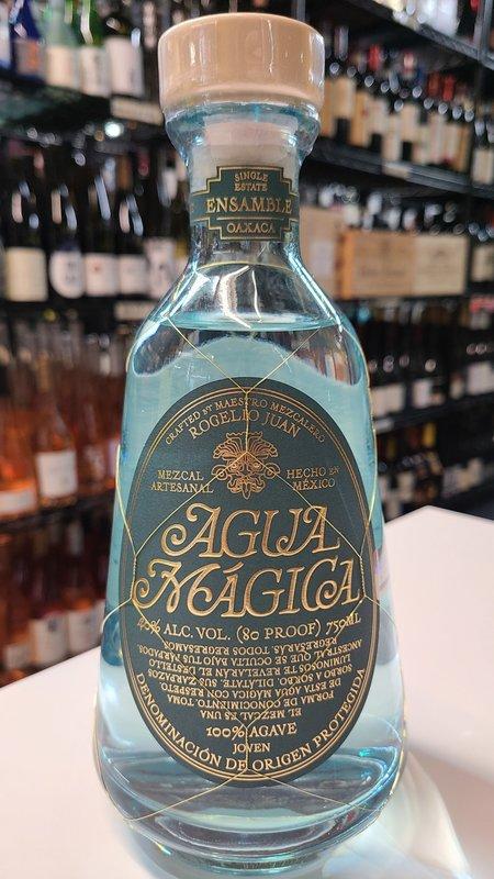 Agua Magica Artesanal Mezcal 750ml