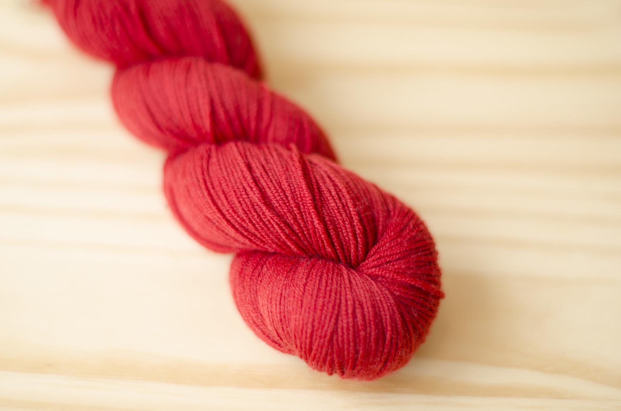 Urth Yarns : Harvest Fingering : 22 Rubia