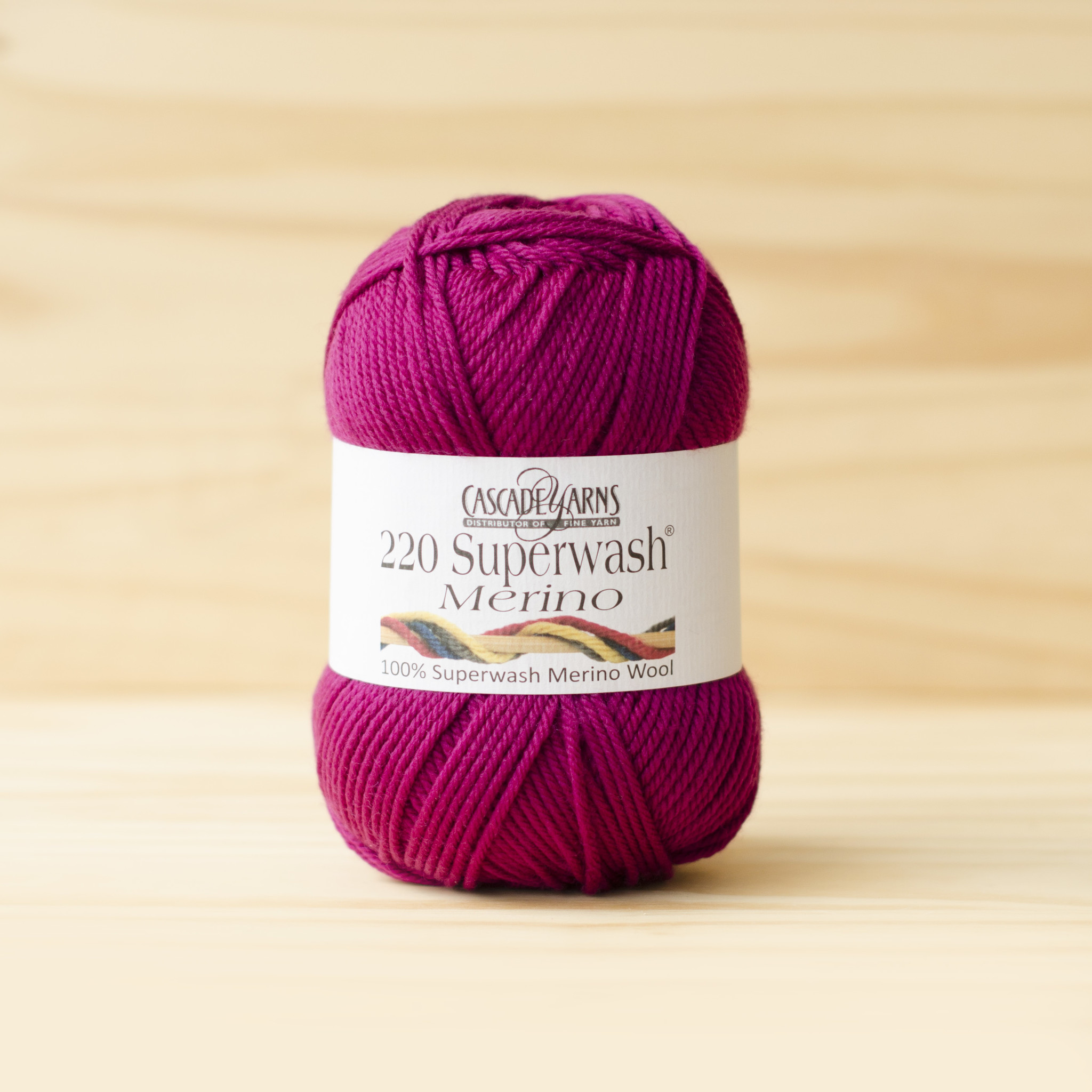 Cascade 220 Superwash Merino : 22 Raspberry