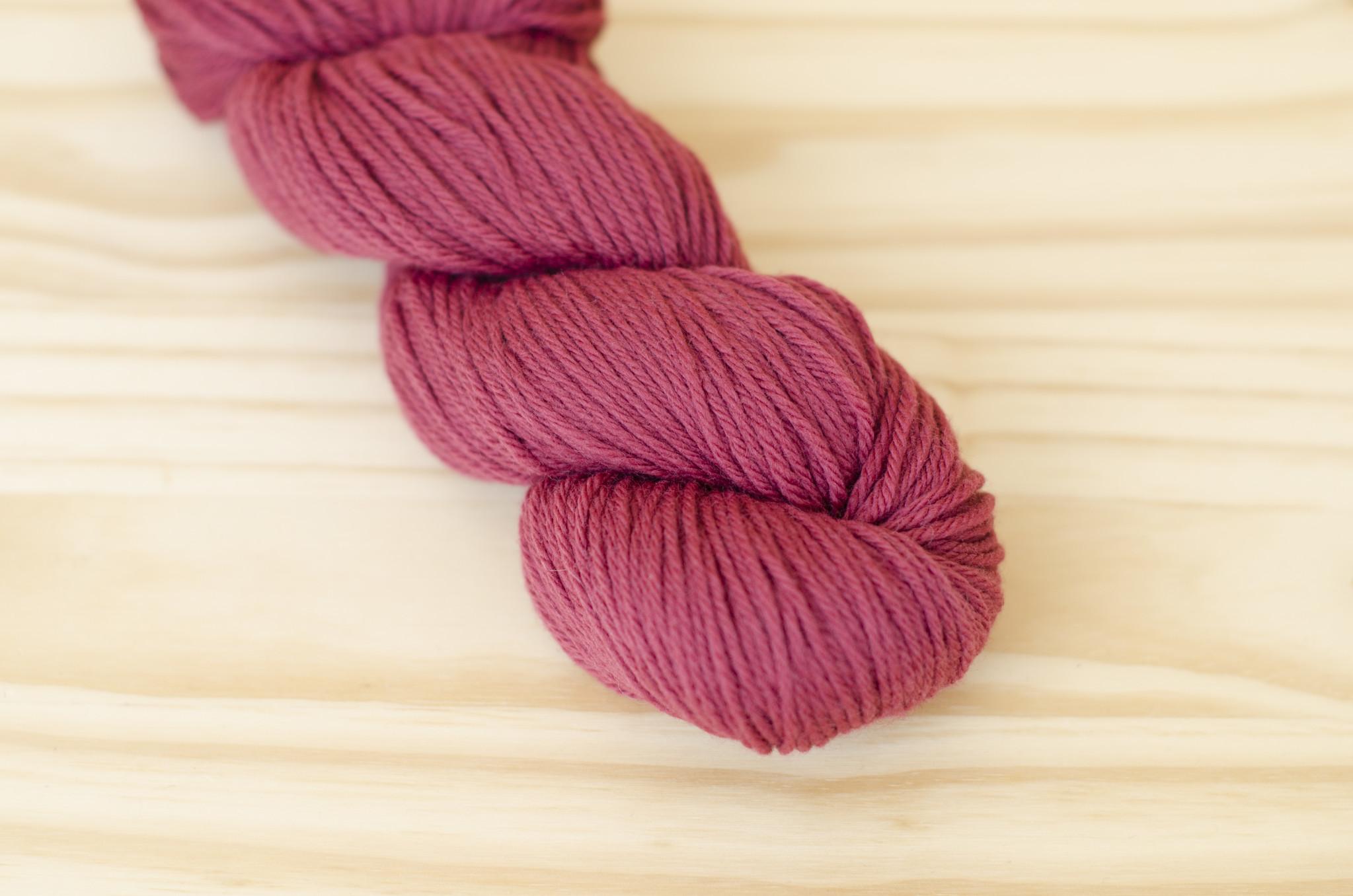 Cascade 220 Solids : 2412 Rose