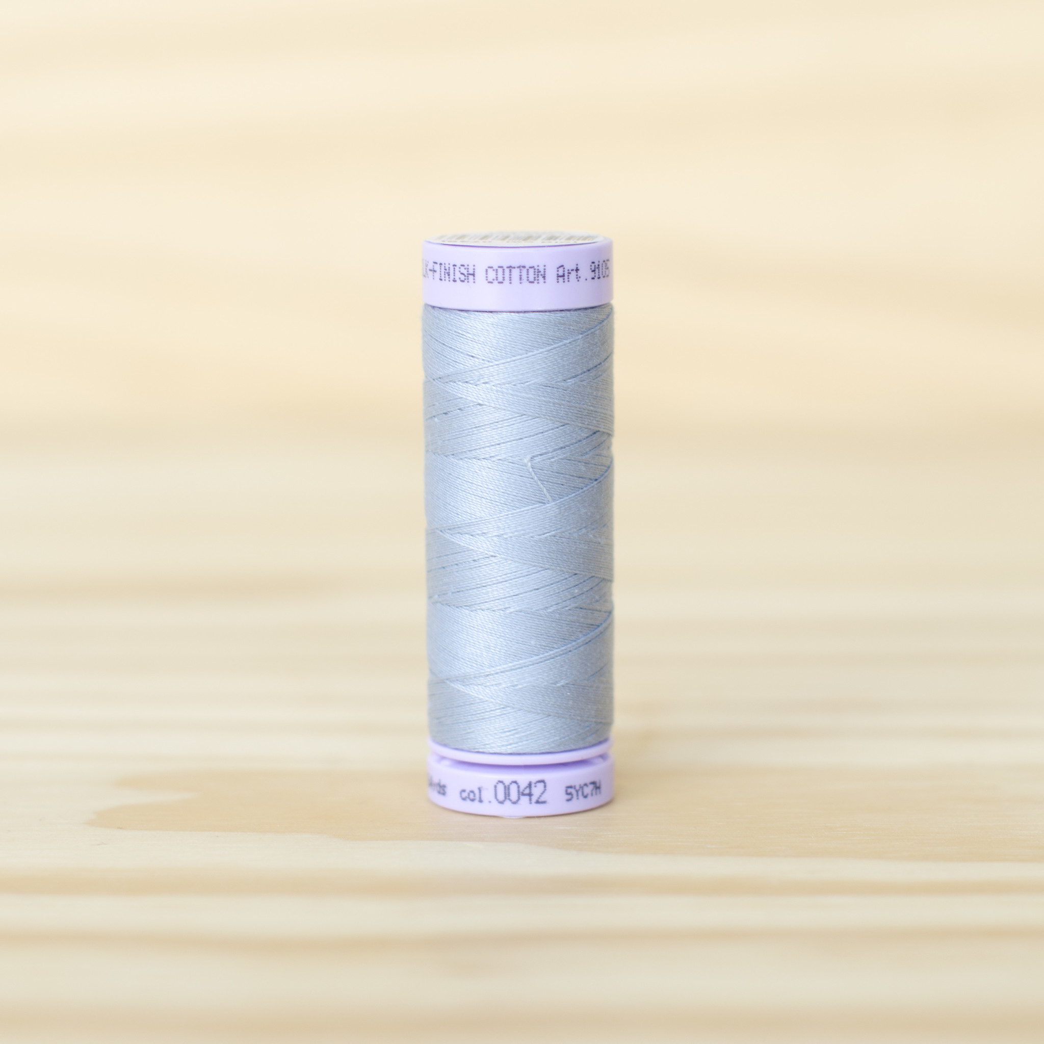Mettler : Silk Finish 50wt Thread : 100% Cotton : 0042 Ash Blue