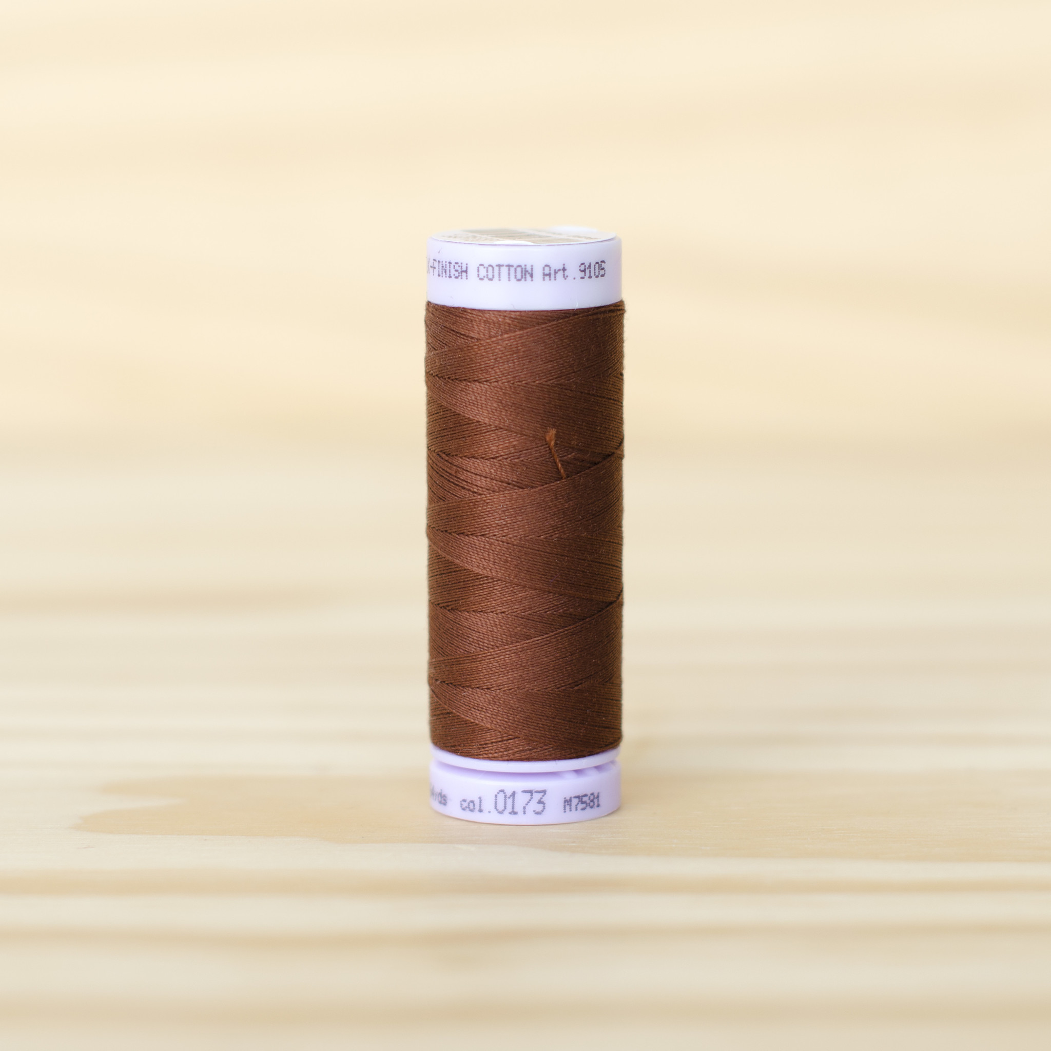 Mettler : Silk Finish 50wt Thread : 100% Cotton : 0173 Frair Brown