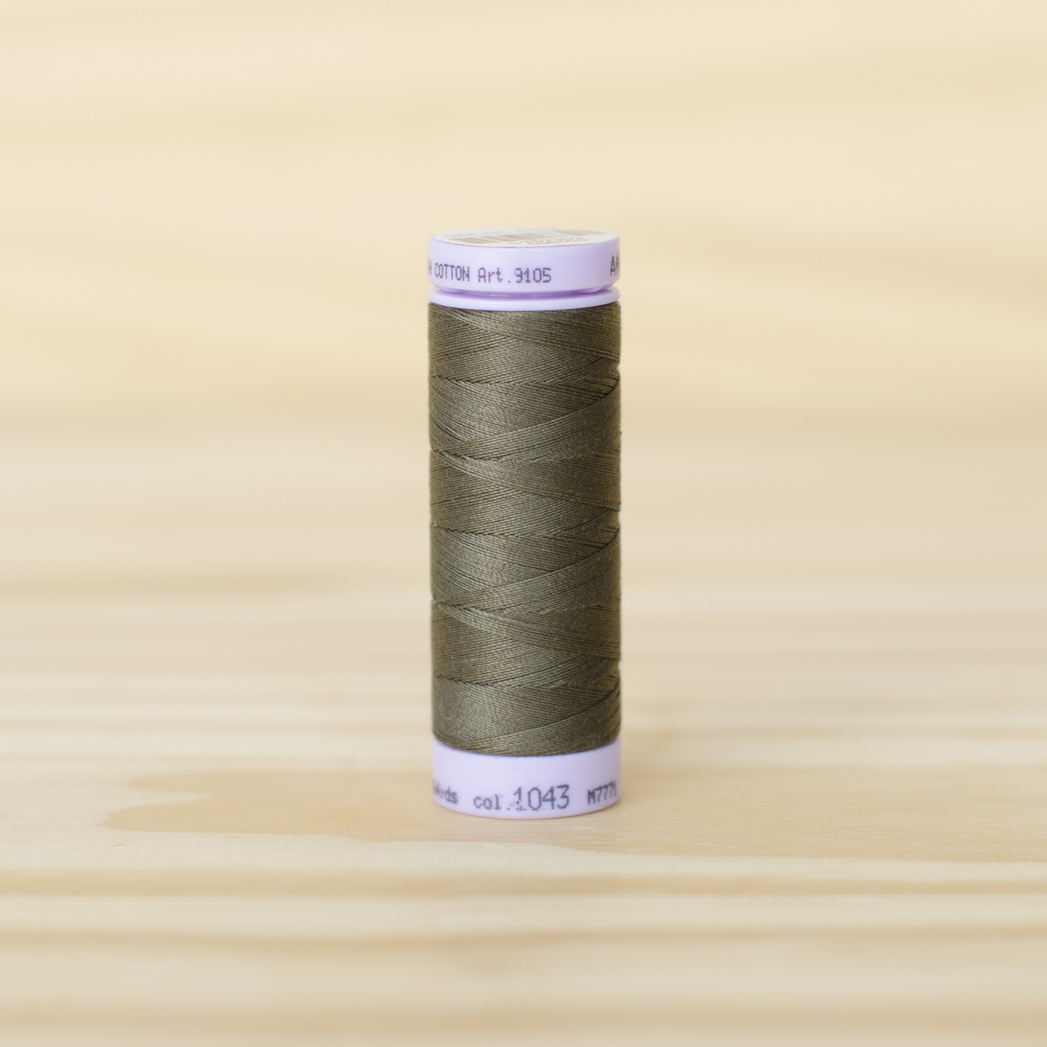 Mettler : Silk Finish 50wt Thread : 100% Cotton : 1043 Olive