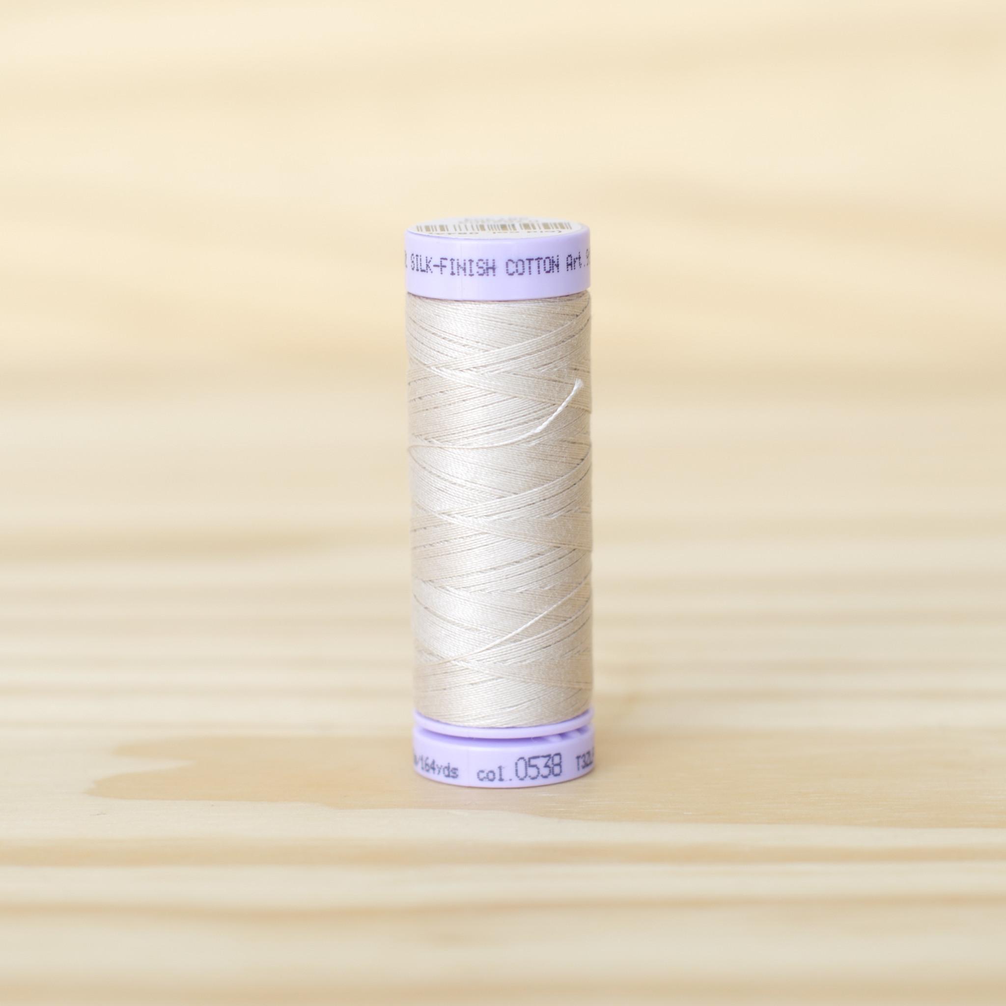 Mettler : Silk Finish 50wt Thread : 100% Cotton : 0538 Straw