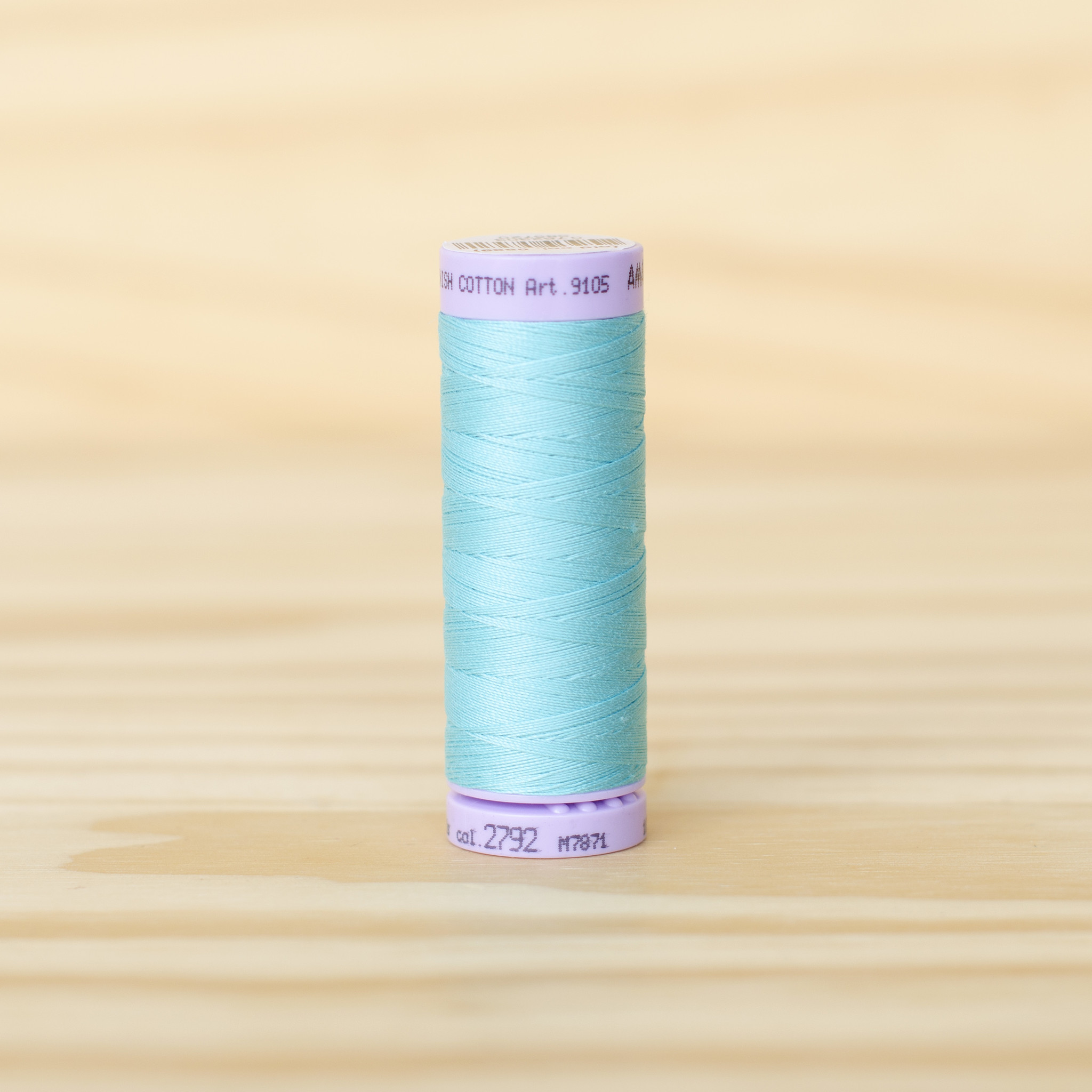 Mettler : Silk Finish 50wt Thread : 100% Cotton : 2792 Blue Curacao