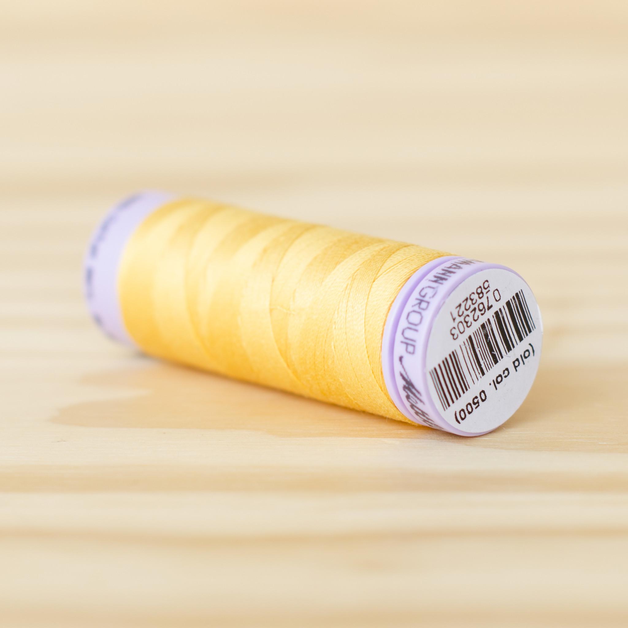 Mettler : Silk Finish 50wt Thread : 100% Cotton : 0120 Summer Sun